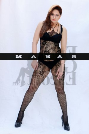 Aliah erotic massage in Martha Lake, call girls