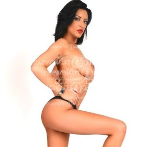 Pierreline live escort, nuru massage