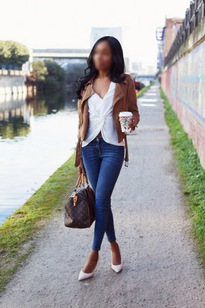 Zubeyde escort girl in Mount Vernon